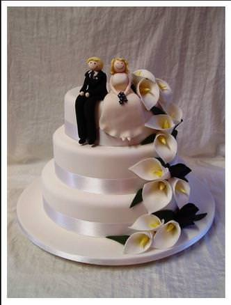 Sugarcraft supplies leeds west yorkshire on tigerlocal sugarcraft supplies leeds west yorkshire one of our beautiful wedding cakes junglespirit Gallery