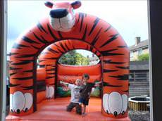 Melandis Bouncy Castle Hire, Crawley